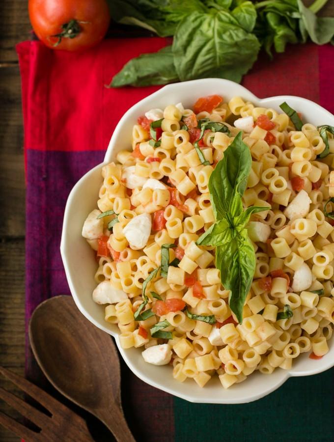 Quick and Easy Caprese Pasta