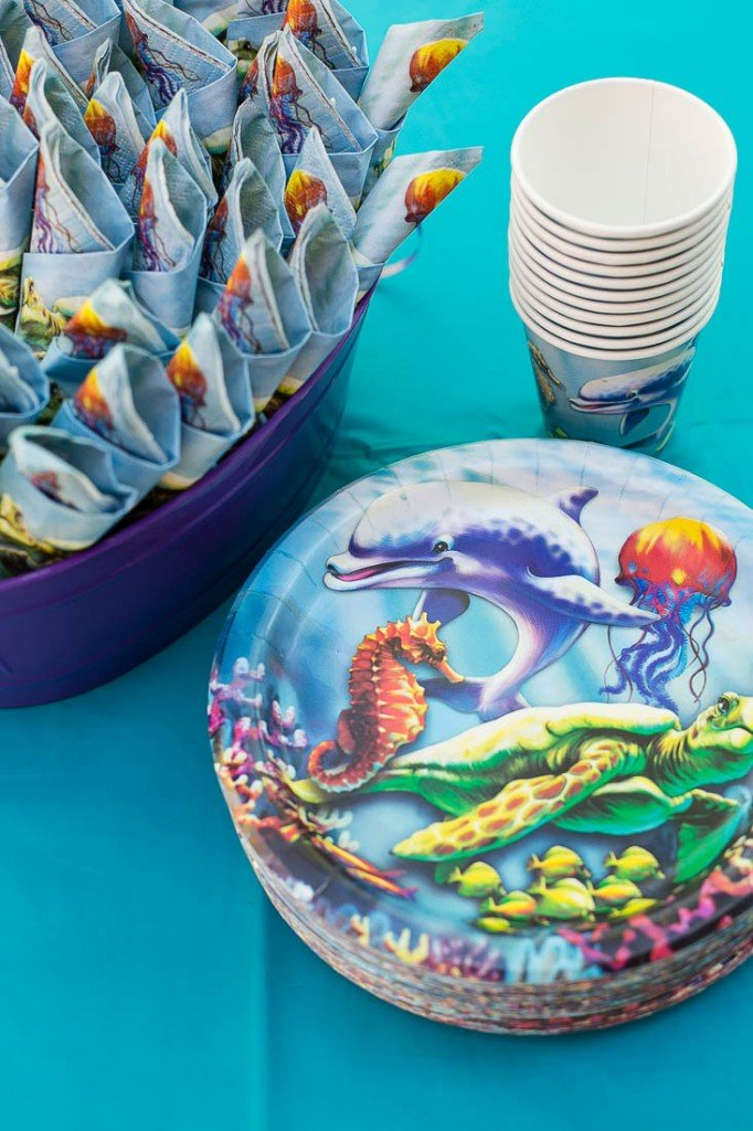 Sea themed plates and napkins - Under the Sea birthday party