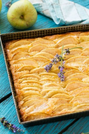 A recipe for buttery cake full of fresh apples and cinnamon, finished off with a touch of honey.