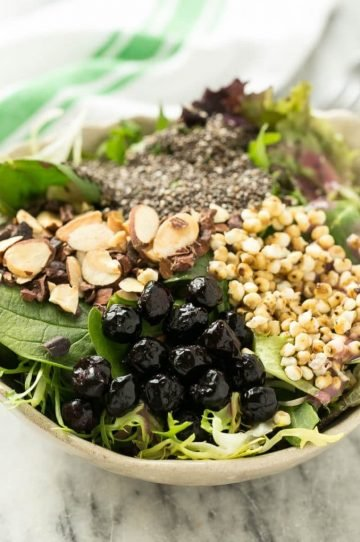 Healthy superfood salads that are the perfect grab and go lunch!