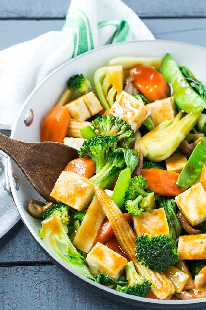 A skillet of Buddha's delight made with cubed tofu and an assortment of fresh vegetables.