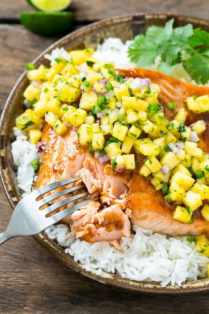 Salmon teriyaki with pineapple salsa dinner at the zoo for Pineapple sauce for fish
