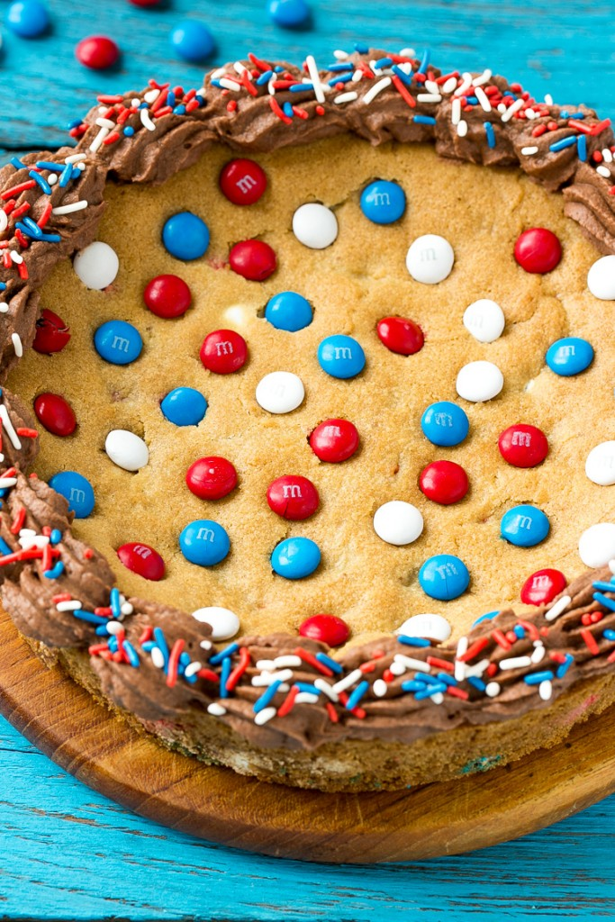 Cookie Cake Recipe | Chocolate Chip Cookie Cake | 4th of July Dessert