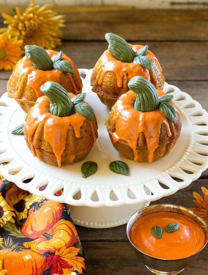 Miniature pumpkin spice cakes are the perfect show stopping dessert for your holiday celebration!