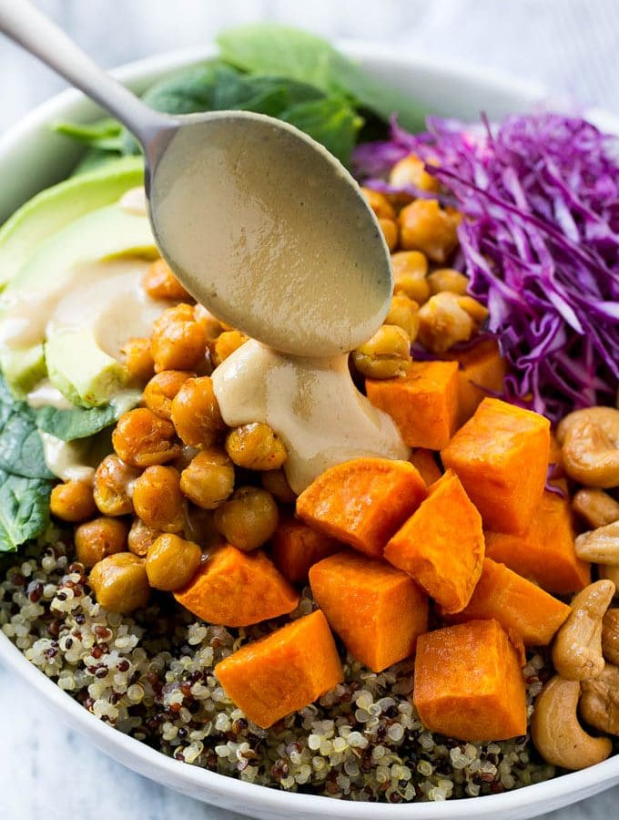 Buddha Bowls with Sweet Potatoes and Chickpeas