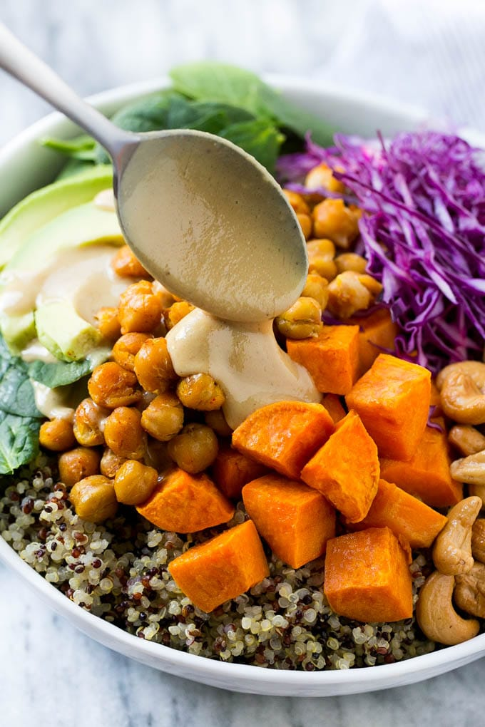Buddha Bowls with Sweet Potatoes and Chickpeas - Dinner at ...
