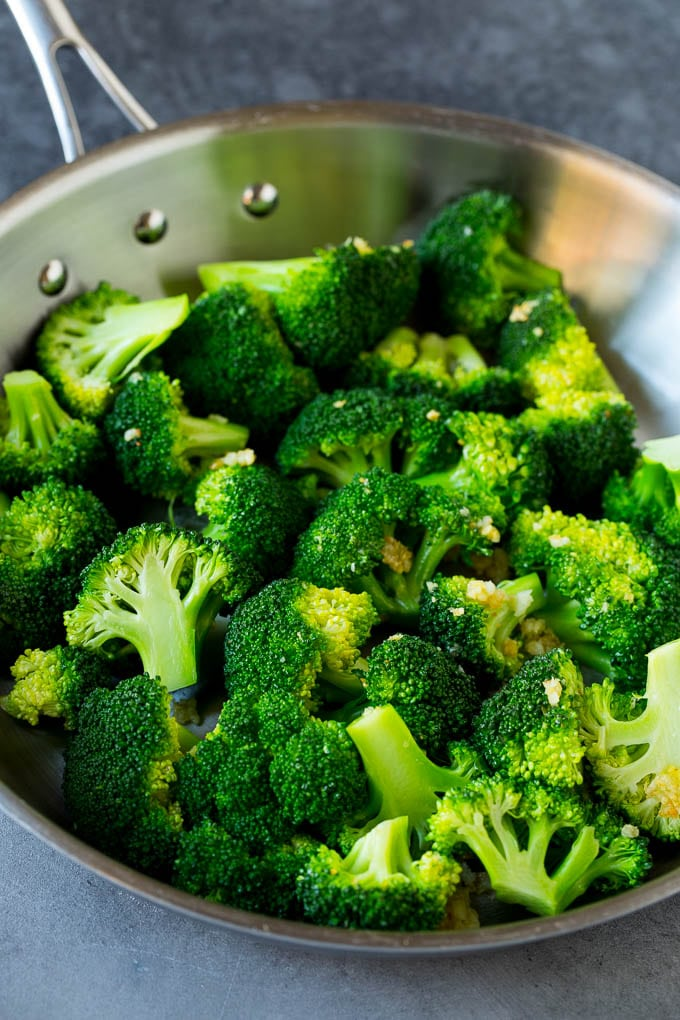Broccoli, garlic and ginger in a pan.