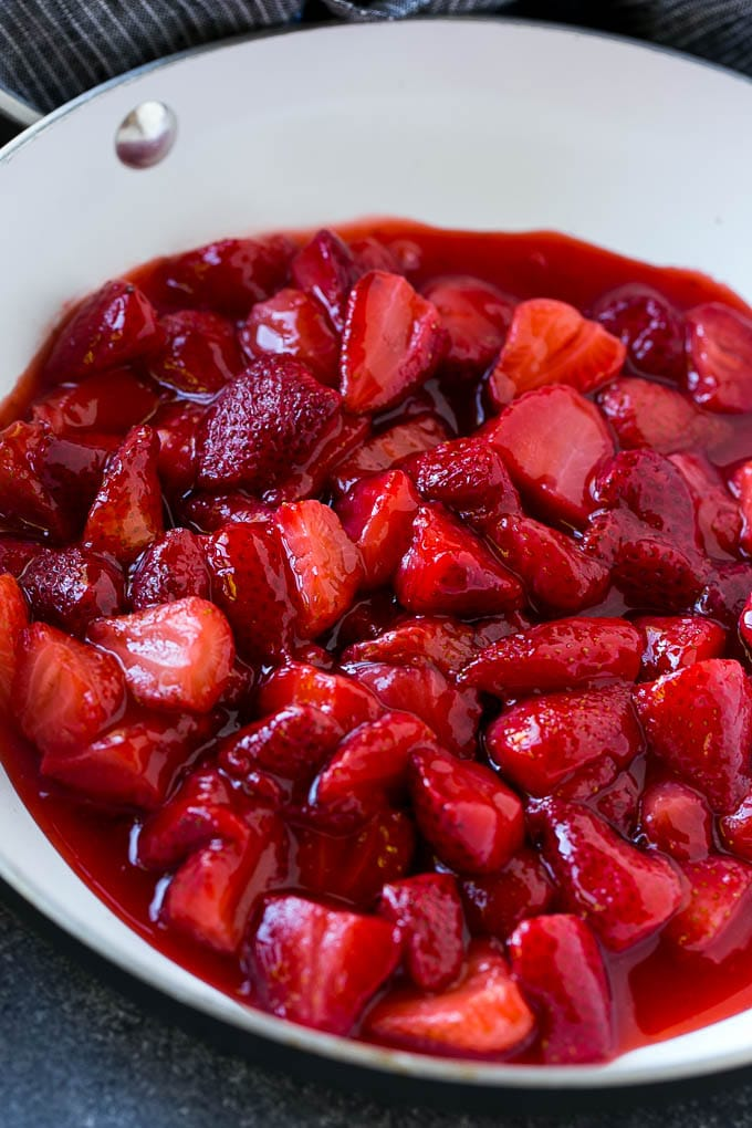 A pan of fresh strawberry sauce.
