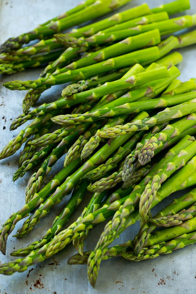 Fresh raw asparagus stalks.