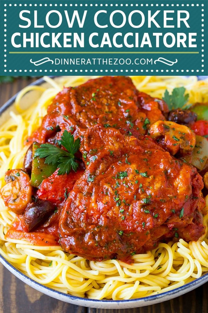 Slow Cooker Chicken Cacciatore Recipe | Italian Chicken #chicken #crockpot #slowcooker #dinner #italianfood #peppers #dinneratthezoo