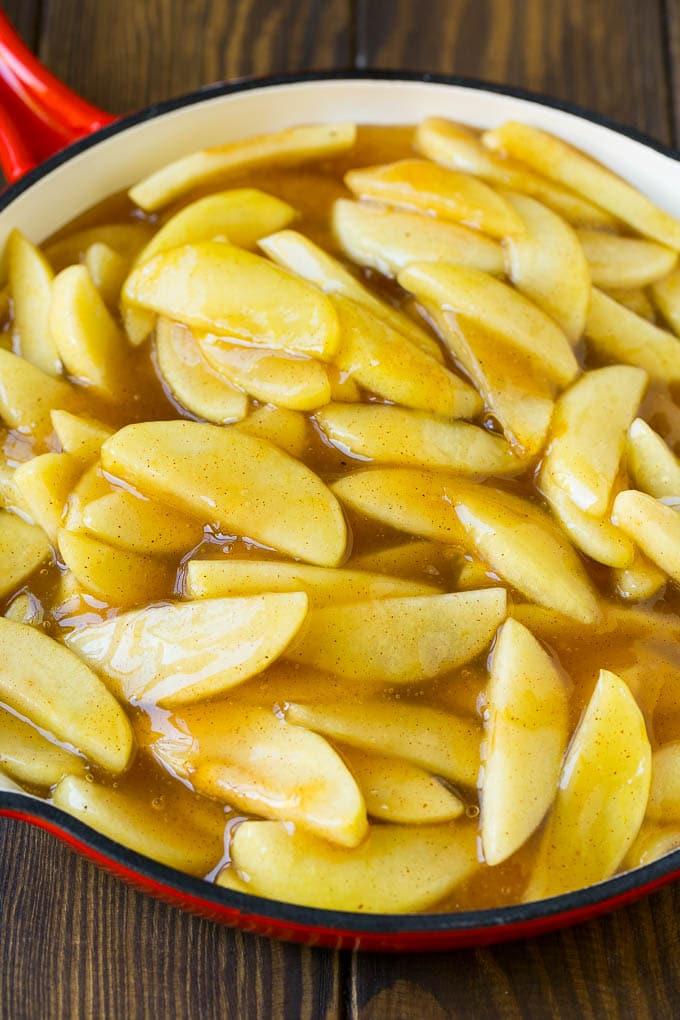 Apple pie filling in a skillet.