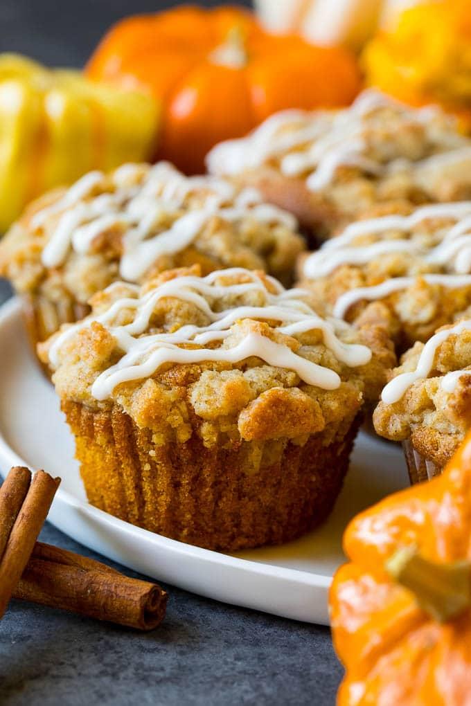A plate of pumpkin streusel muffins.