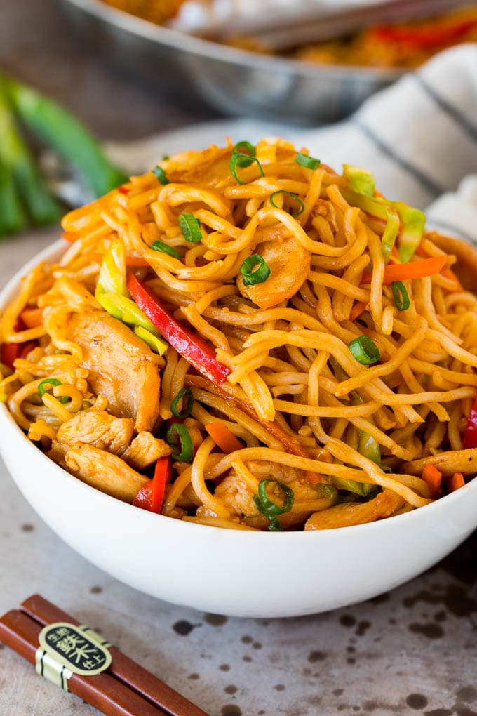 A bowl of chicken yakisoba noodles.
