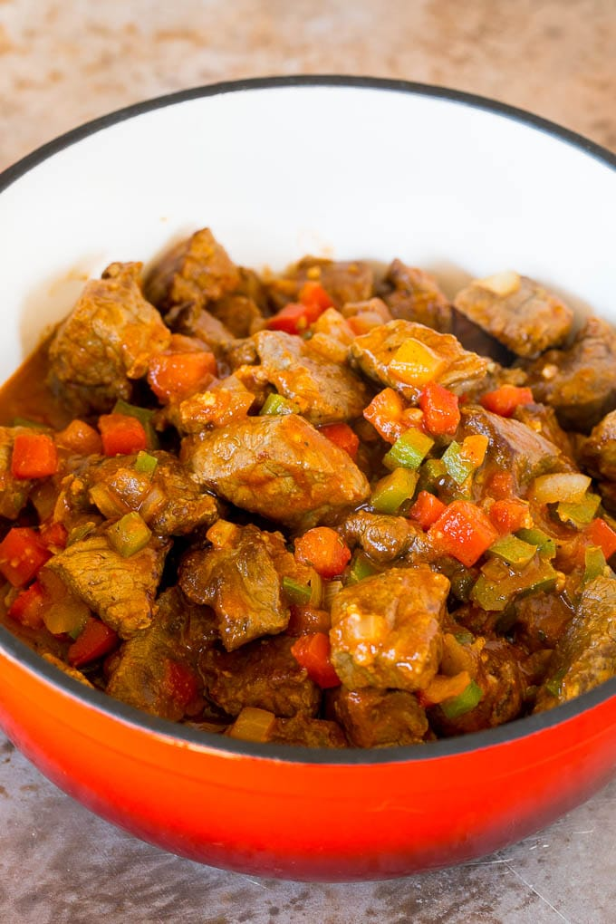 Beef chunks with tomatoes, peppers and onions.